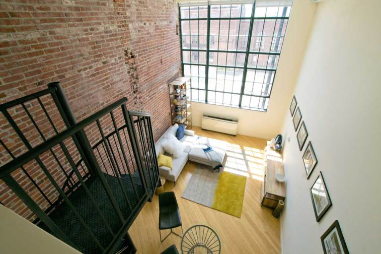 Manhattan II Living Room