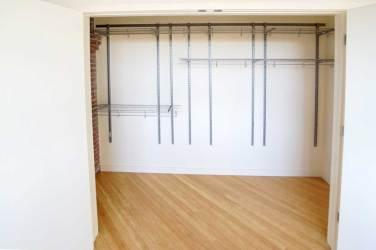 Neversink-II-Closet