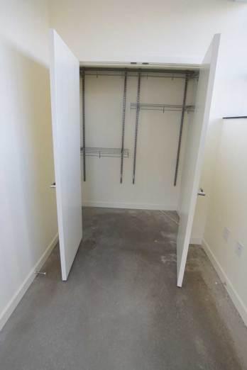 Niagara-I-lower-br-closet