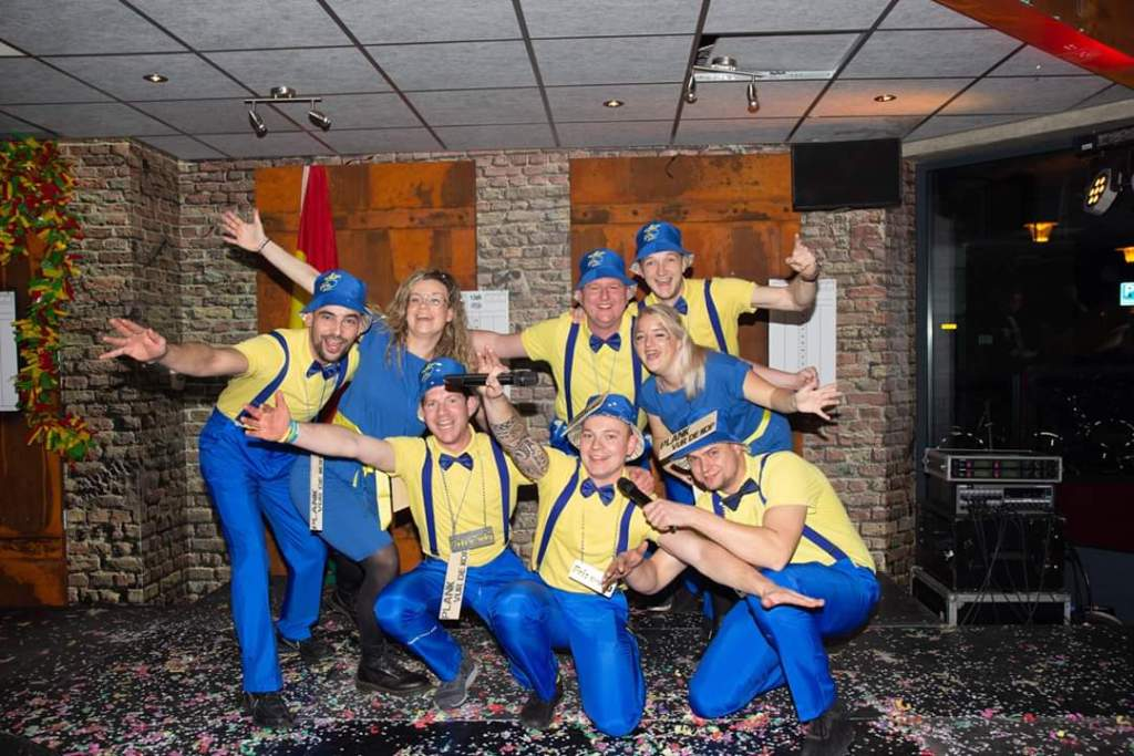 Carnaval in Limburg Fris-e-Wig