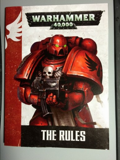 Similar to the Dark Vengeance set the box includes the smaller version of the rulebook.