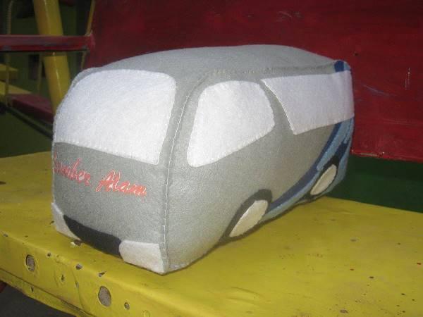 Boneka Maskot Bus Sumber Alam 1