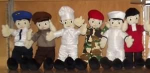 Pembuatan Boneka Profesi TNI dan Kostum