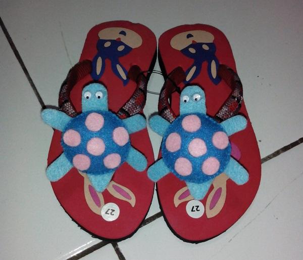 Sandal Boneka Kesukaan Anak Lucu Kura-kura