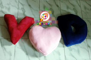 Bantal Huruf Couple