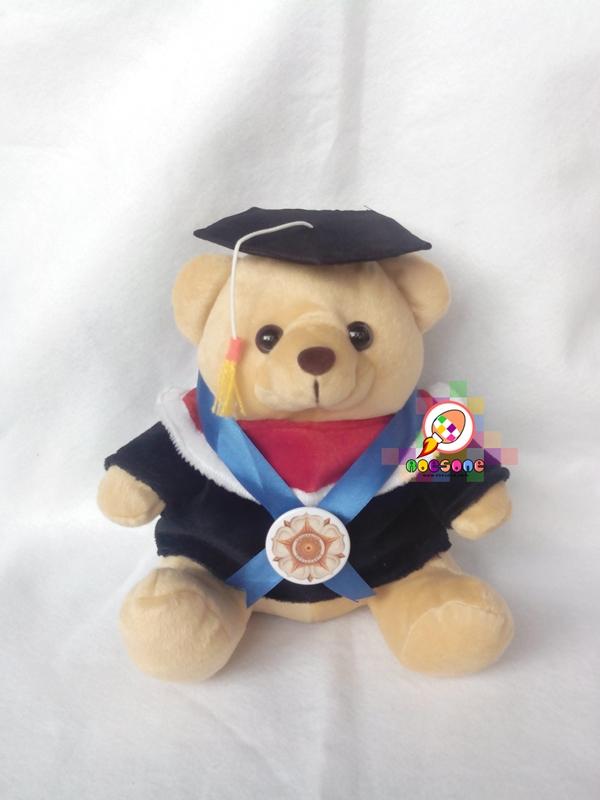 Boneka Wisuda Universitas Gadjah Mada UGM