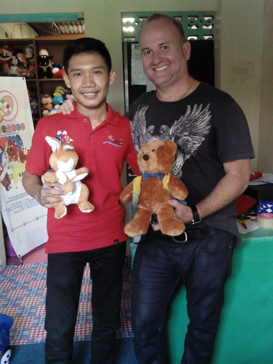 Produsen Boneka RoesOne Craft Bekerjasama dengan Perusahaan Australia untuk Kualitas yang Lebih Baik