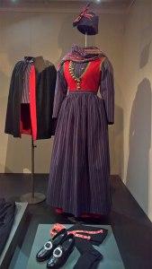 HM Dronningens og Prinsgemalens originale folkedragter fra Rømø