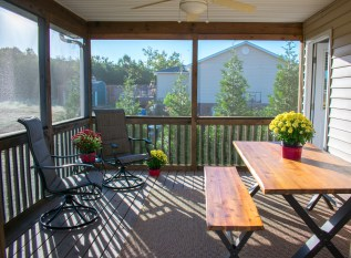 27 Screened porch