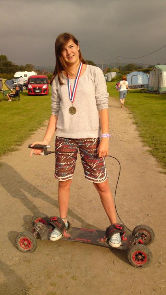 Ladies UK Downhill Champion on Trampa Brakeboard