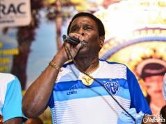 Le Chanteur Vedette attitré de l'école de Samba