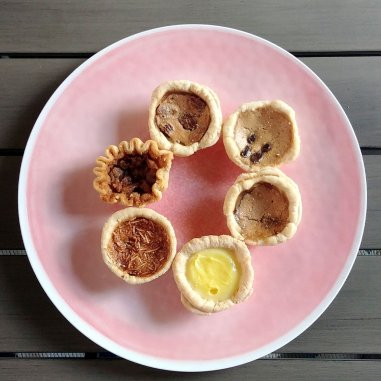 The buttertarts that Roguetrippers purchased from Shakespeare Pies for our Butter Tart Quest