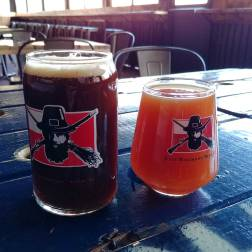East-regiment-brewing-roguetrippers-visit-Salem