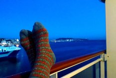 relax-rest-stay-aboard-cruise