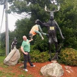 Chippawa-Trading-Post-Moose-Hunting-Statue