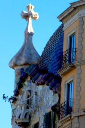 casa-battlo-roguetrippers-48-hour-itinerary