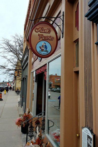 Port Perry Historic Bakery - Hanks Pastries