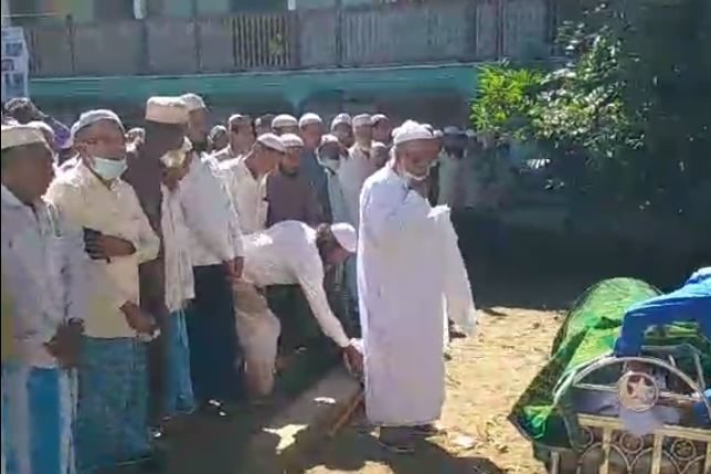 The Chief Imam of Sittwe (Central) Jamai mosque died today.