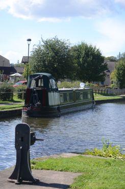Nb Hay Boat at the Lock Keeper