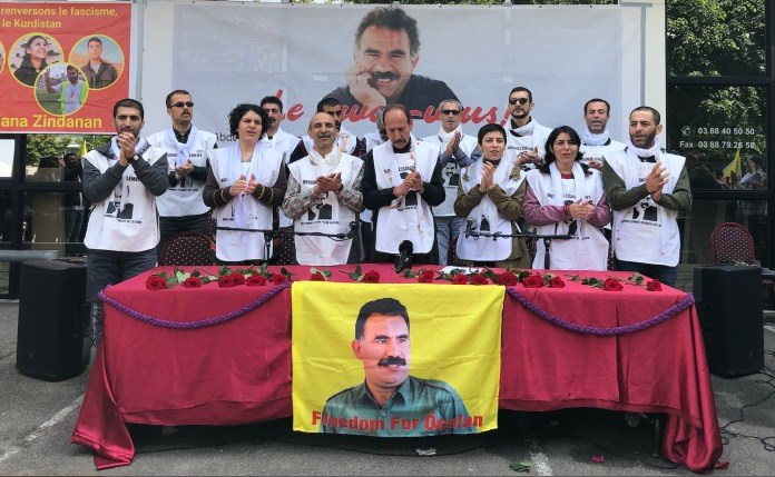 A l'appel d'Ocalan, les activistes en grève de la faim à Strasbourg mettent un terme à leur action