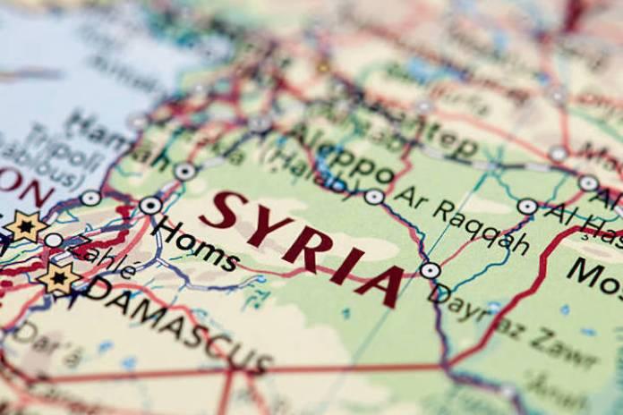 Raqqa: 3 morts, 16 blessés dans un double attentat