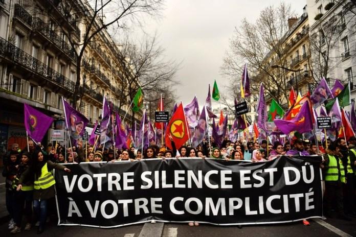 Jeux de guerre civile en plein Paris