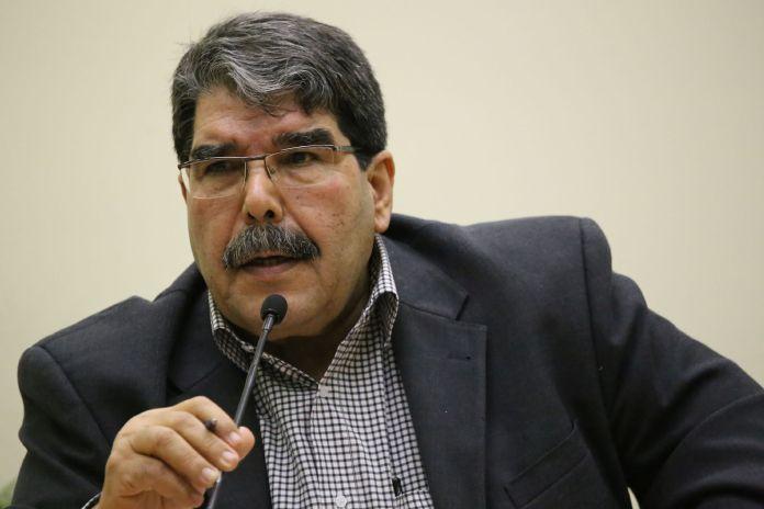 Commentant les dernières déclarations du fondateur du PKK Abdullah Öcalan, le porte-parole du Parti de l'Union démocratique (PYD), Salih Muslim, a appelé l'Etat turc à se pencher sur les solutions proposées par le leader kurde.