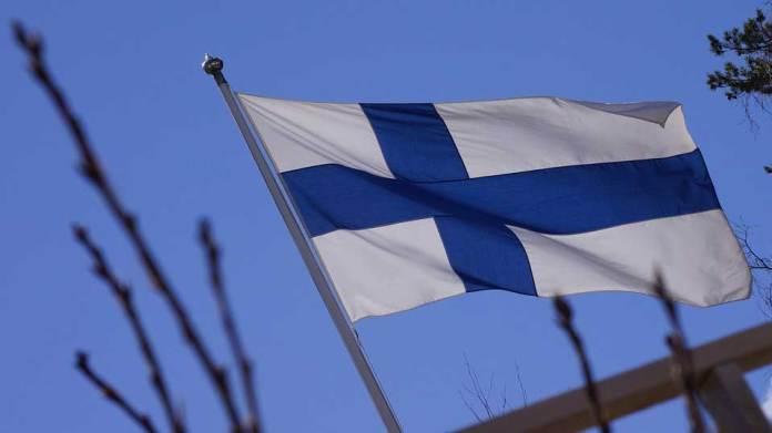 La Finlande suspend la vente d'armes à la Turquie