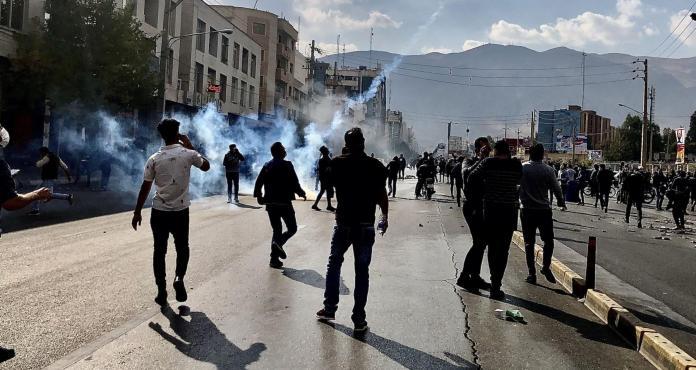 Au moins 208 morts dans la révolte en Iran