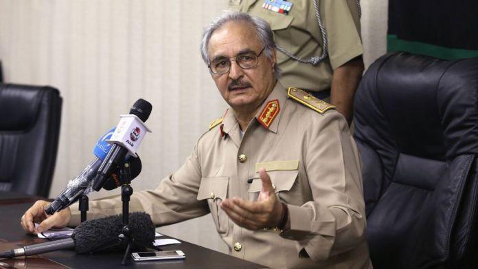 Haftarappelle à la «mobilisation» contre l'intervention turque en Libye