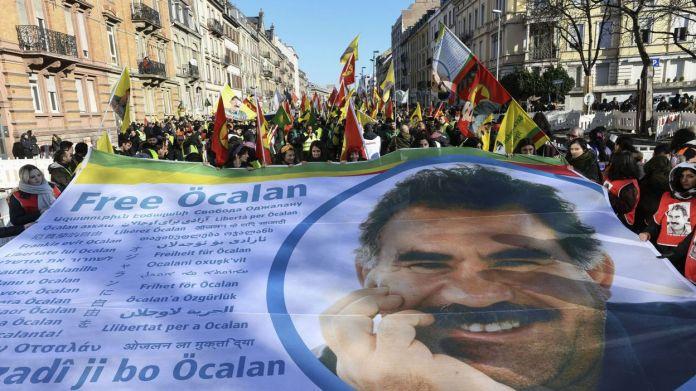 Les avocats du leader kurde Abdullah Ocalan déposent une demande afin de rencontrer leur client