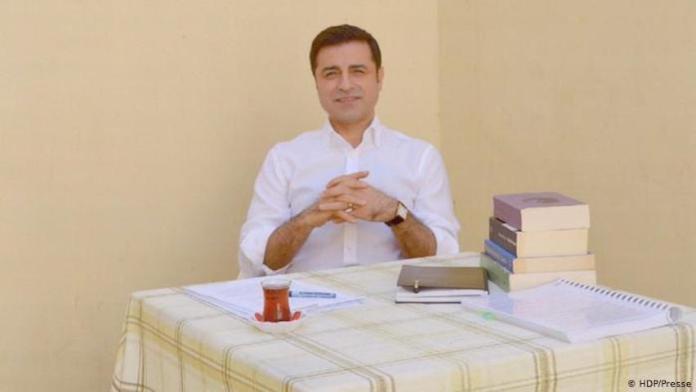 Les avocats de Demirtaş demandent sa libération.