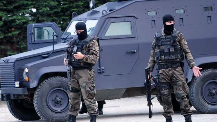 Au moins 18 militantes kurdes arrêtés à Diyarbakir