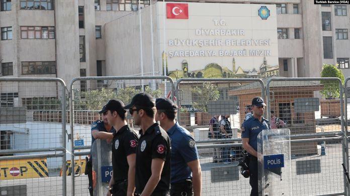 23 barreaux condamnent la saisie des municipalités dirigées par le HDP