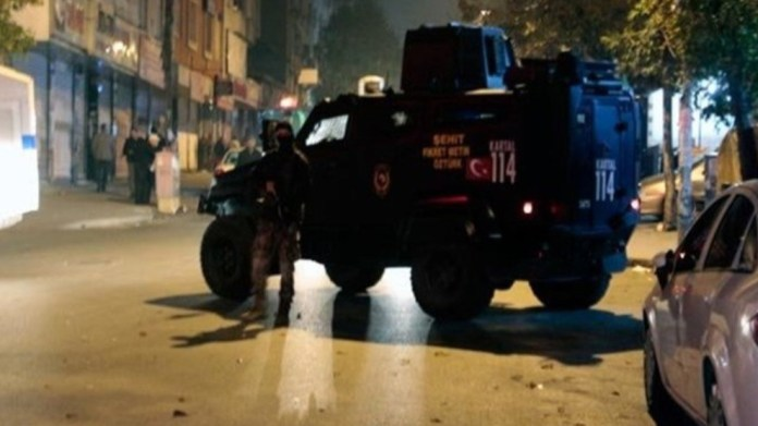 Nouvelles arrestations politiques à Adana, Mersin et Amed