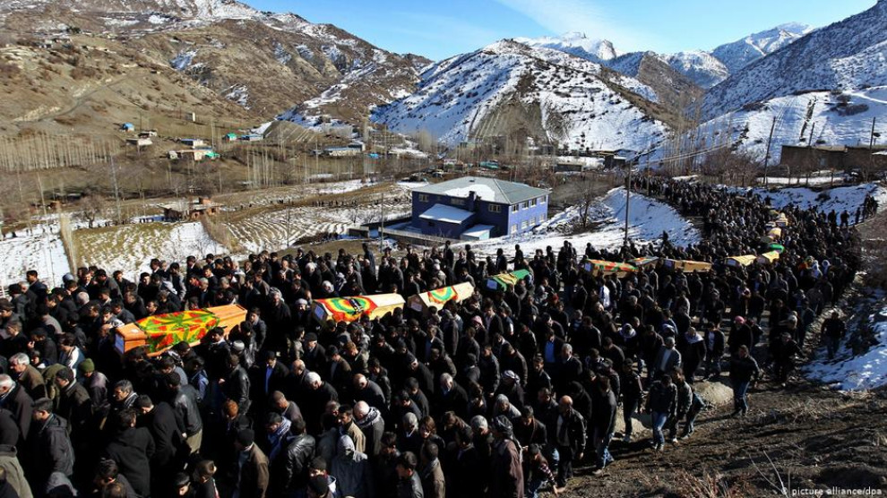 Neuf ans se sont écoulés depuis qu'un avion de chasse turc a bombardé une zone proche du village de Roboski près de Şırnak le 28 décembre 2011, tuant 34 civils, dont 18 mineurs.