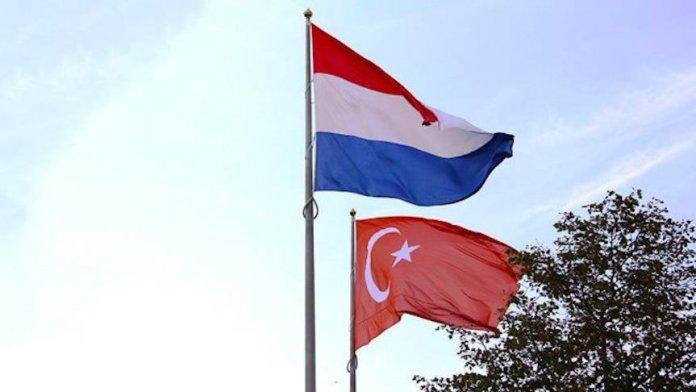 La coalition au pouvoir aux Pays-Bas a demandé un embargo, à l'échelle de l'Union européenne, sur les armes à destination de la Turquie.