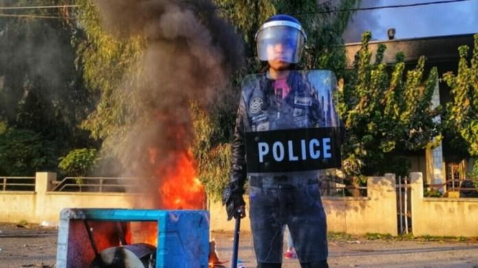 Les entrée et sorties des villes de Sulaymaniyah, Halabja, Ranya et Germiyan, au Sud-Kurdistan, ont été interdites en raison des protestations