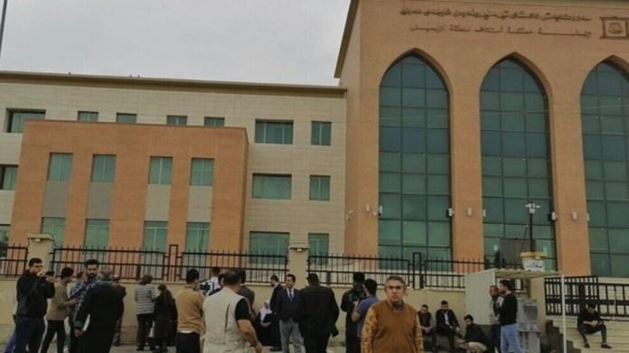 Trois journalistes et deux militants des droits humains ont été condamnés à 6 ans de prison chacun par un tribunal de Hewlêr (Erbil).
