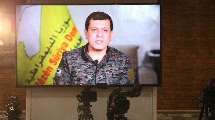 «Une solution constructive à la question kurde au Rojava n'est pas possible tant que les conflits intra-kurdes ne sont pas résolus. Par conséquent, toutes les parties doivent mettre de côté leurs intérêts personnels», a déclaré le commandant des FDS, Mazlum Abdi.