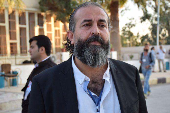 Le politicien syrien Firas Qesas a déclaré qu'aucune solution n'est possible en Syrie sans l'administration autonome qui propose les meilleures solutions à la crise dans le pays.
