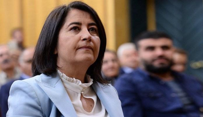 La députée du HDP d'Izmir, Serpil Kemalbay, a rappelé qu'aujourd'hui, la Journée des travailleurs sera célébrée sous le confinement et a déclaré que ce système devait être changé.