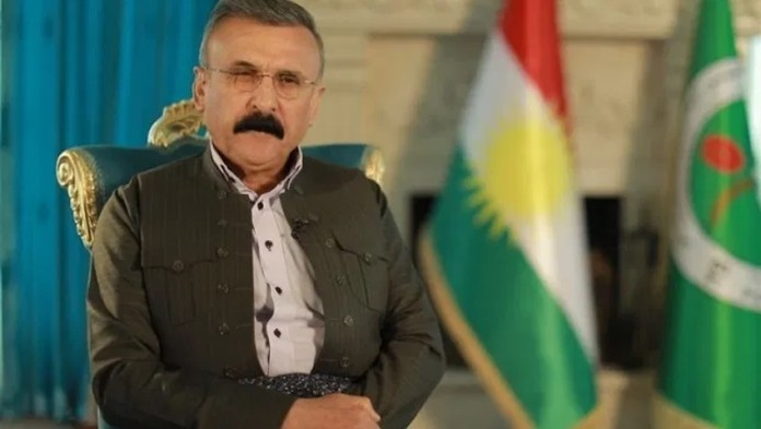 Mahmud Sengawi, commandant des forces Peshmergas au Sud-Kurdistan (Irak) a déclaré que la lutte contre le PKK représentait un grand danger pour la population. «Même si le monde s'effondre, je ne tirerai pas, une seule balle contre le PKK», a-t-il déclaré