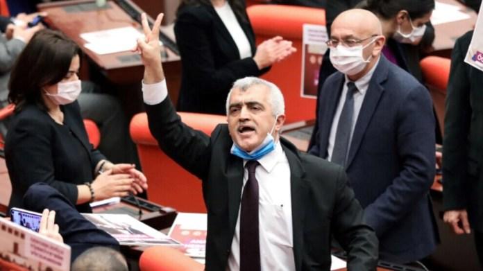 Le mandat parlementaire du député HDP Gergerlioglu lui a été restitué vendredi, à la suite d'un arrêt de la Cour constitutionnelle turque