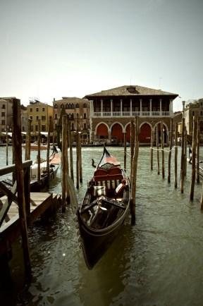 Gondola awaiting customers