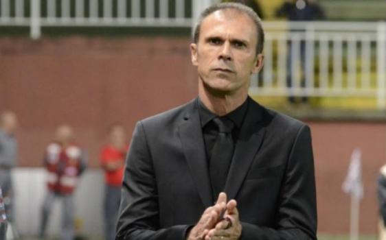 Eurico Miranda anuncia Milton Mendes como novo técnico do Vasco