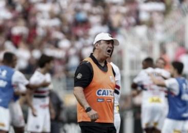 Santos demite Levir Culpi; Elano assume o comando até o fim do ano