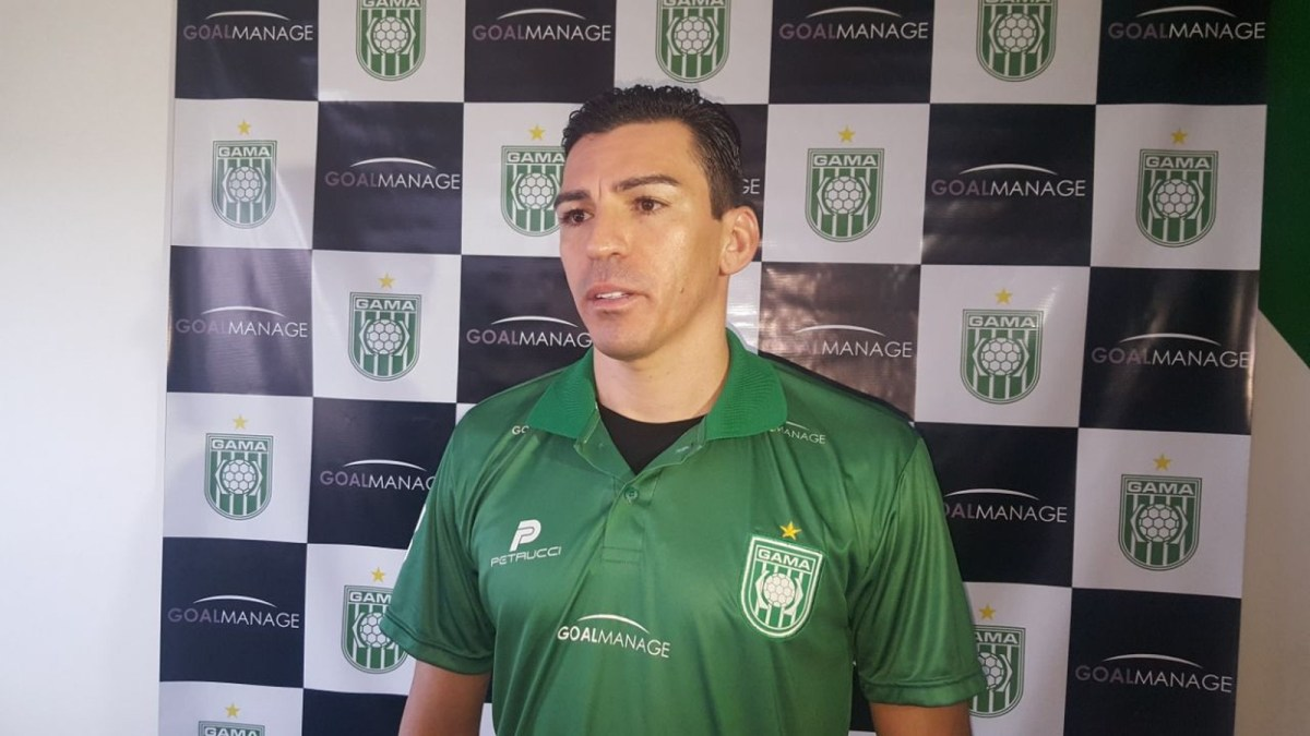 Aos 39 anos, zagueiro Lúcio acerta com o Gama e volta ao futebol do Distrito Federal