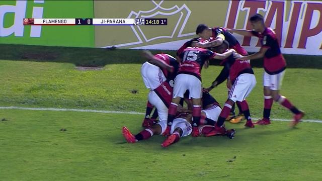 Com golaço de Bill,Flamengo vence o Audax e está classificado para as quartas