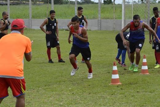 Bragantino terá mudanças para jogo em Santarém